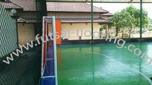proses instalasi flooring futsal lapisan lantai 15